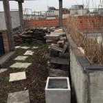 Dachgarten vor Bearbeitung und Pflege von Garten Leopold